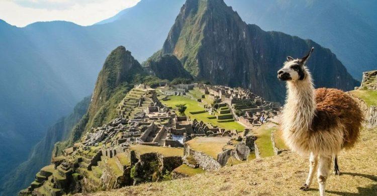 Literature of Peru